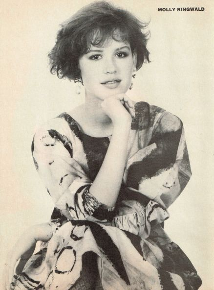 MOLLY RINGWALD pinup - WOMEN AND MEN STORIES OF SEDUCTION - ZTAMS