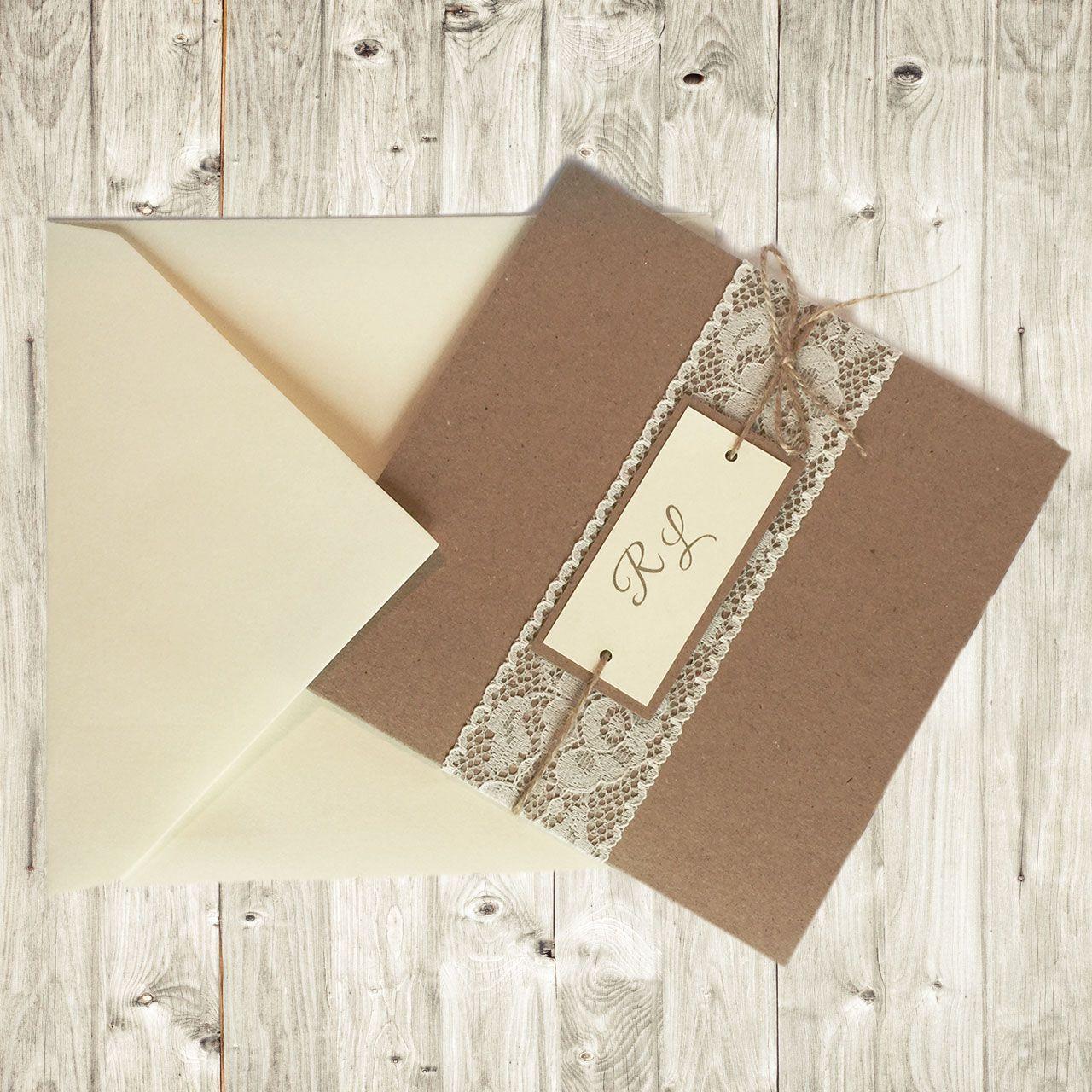 Partecipazioni In Cartoncino Avana Con Pizzo E Spago Perfette Per Un Matrimonio Matrimonio Fai Da Te Shabby Partecipazioni Matrimonio Fai Da Te Partecipazione