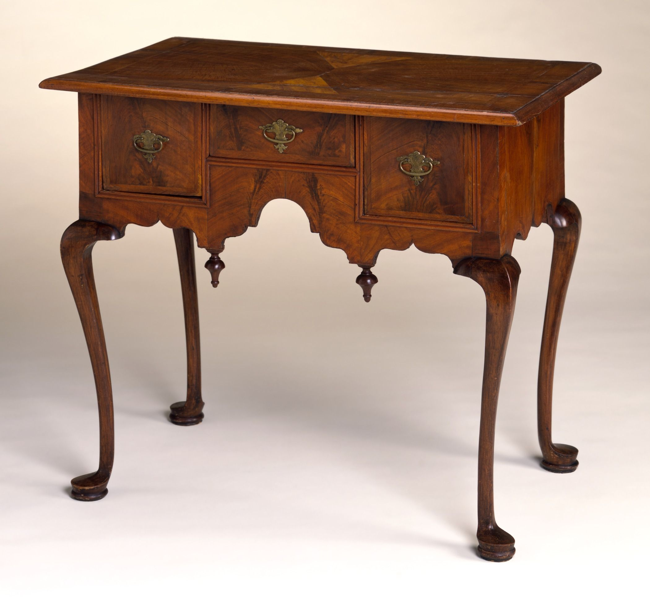 Queen Anne Style Furniture   Wikipedia, The Free Encyclopedia