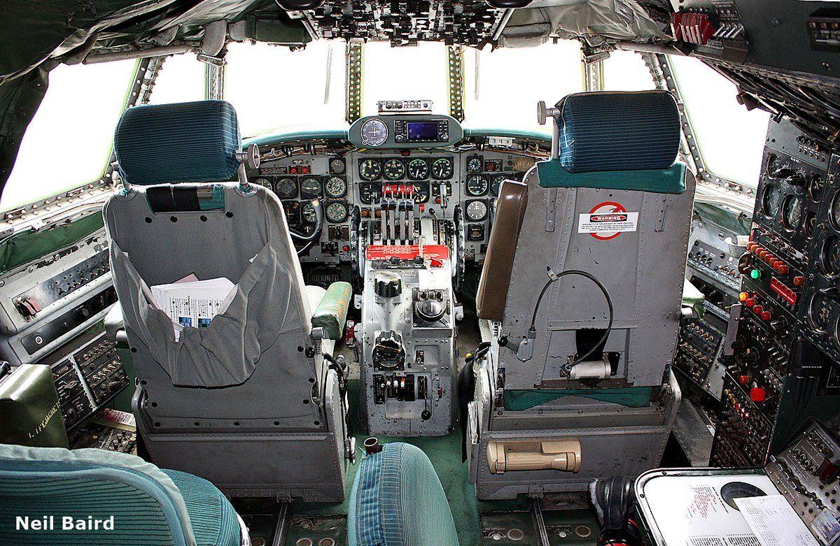 (2) World Air Photo (@planenut27) | Twitter TCA - Trans Canada Airlines, Lockheed L-1049G Super Constellation.