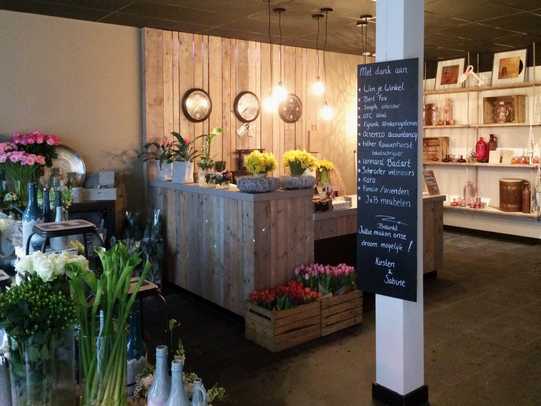 Bloemenwinkel en koffiebar – Sooph Interieurarchitect Hengelo ...