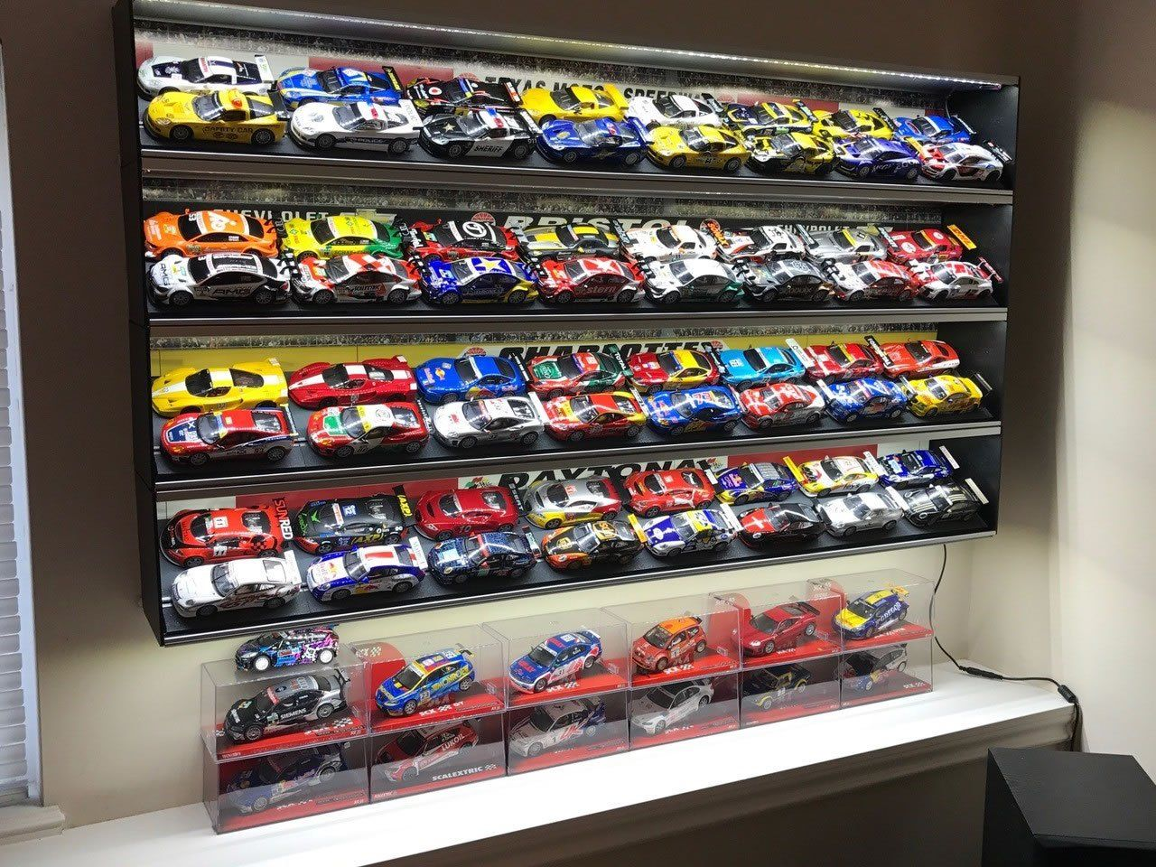 4 Shelves Acrylic Model Wall Display Case for 1:43 Scale Model Cars