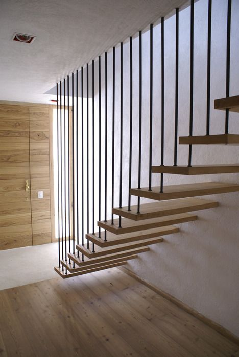 Best Hanging Stairs Reminds Me Of My Parents Old House Stair Railing Design Stairs Design 400 x 300