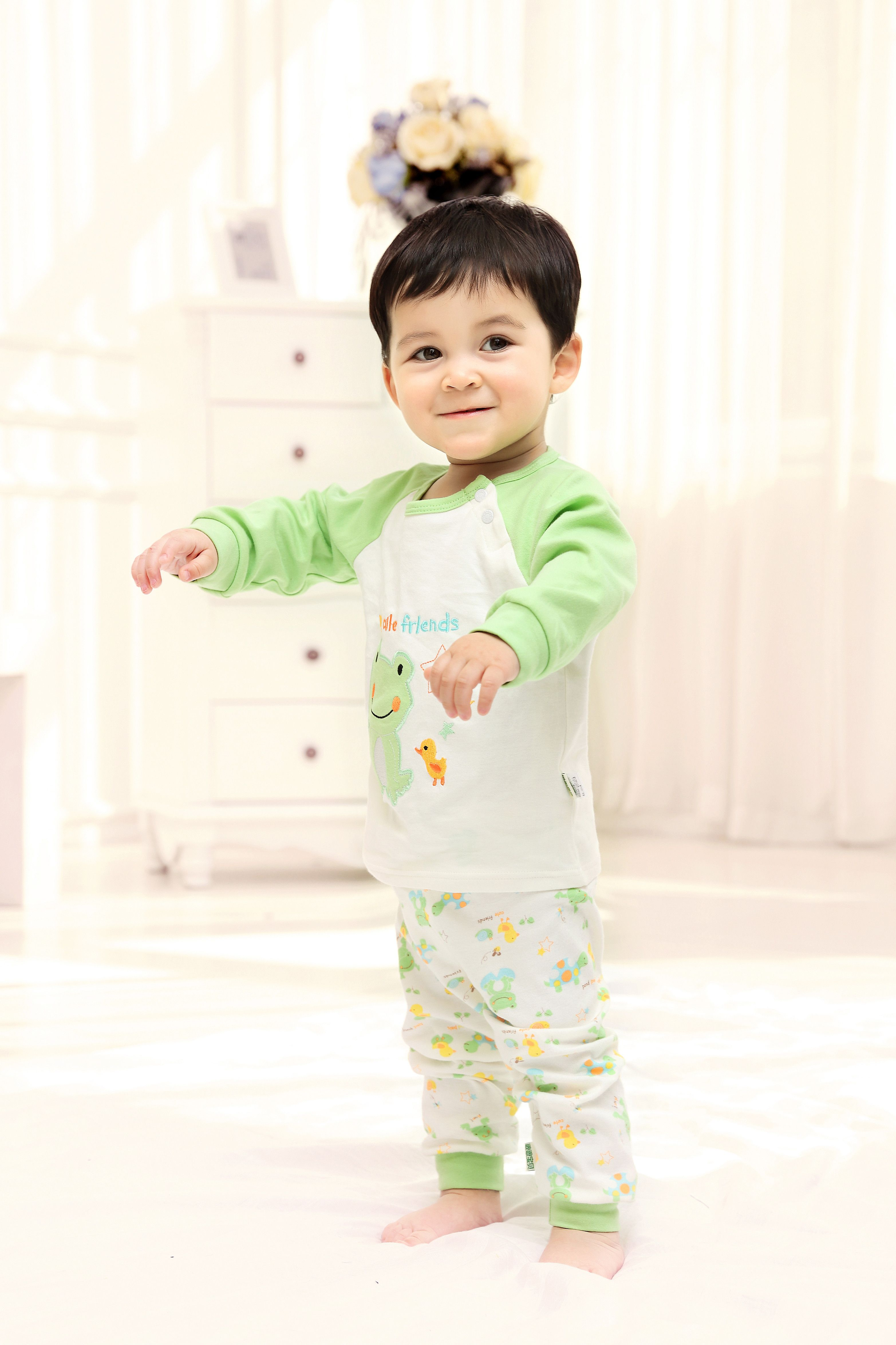 2015 New Cute Fashion Frog Green Spring Fall Autumn Baby Clothing