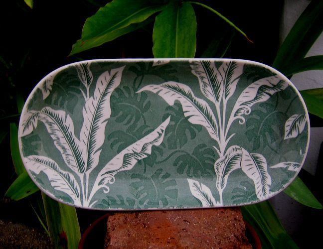 Wallace China large Green Shadowleaf Celery Tray