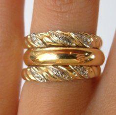 Aparadores em Ouro amarelo e brilhantes- AP176  aliança do meio, é vendida  separadamente  gabrielaaiex  designerjoias  aliança  noivos  casamento   ouro ... 3afc0eedc3