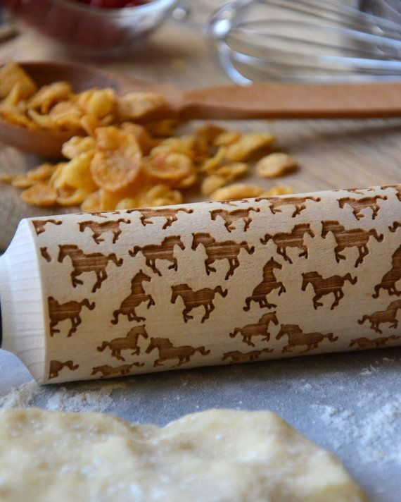 Christmas Gift Horse Lover Gift Wood Rolling Pin Cookie Housewarming Gift for Couple Custom Rolling Pin Engraved Laser Roller for Cookies #horsepattern