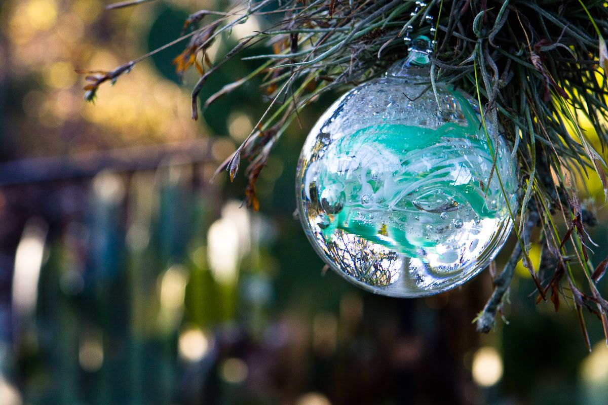 """This lovely 3"""" Memorial glass garden ornament is great"""