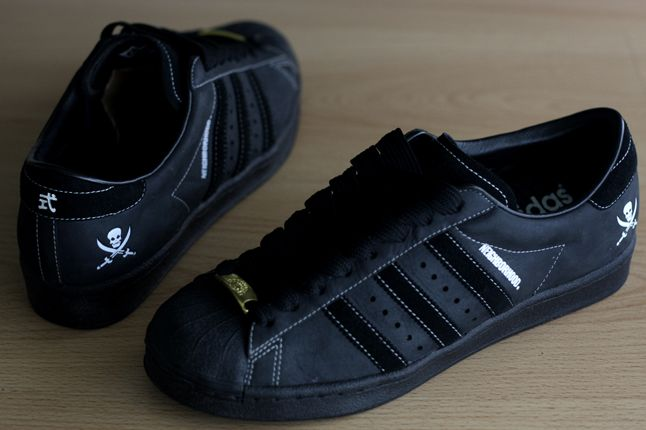 adidas Superstar Neighborhood | Sneakers men fashion, Adidas
