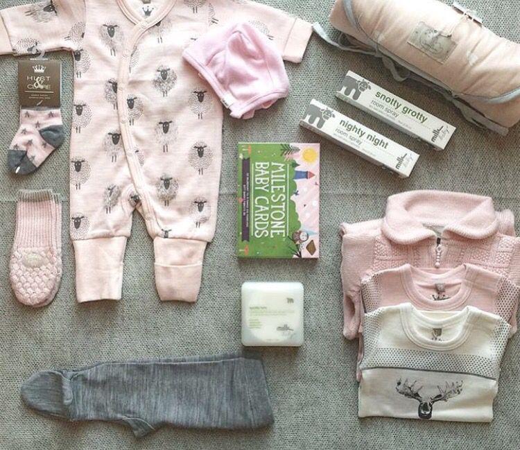 Babyklær og tilbehør fra carmell