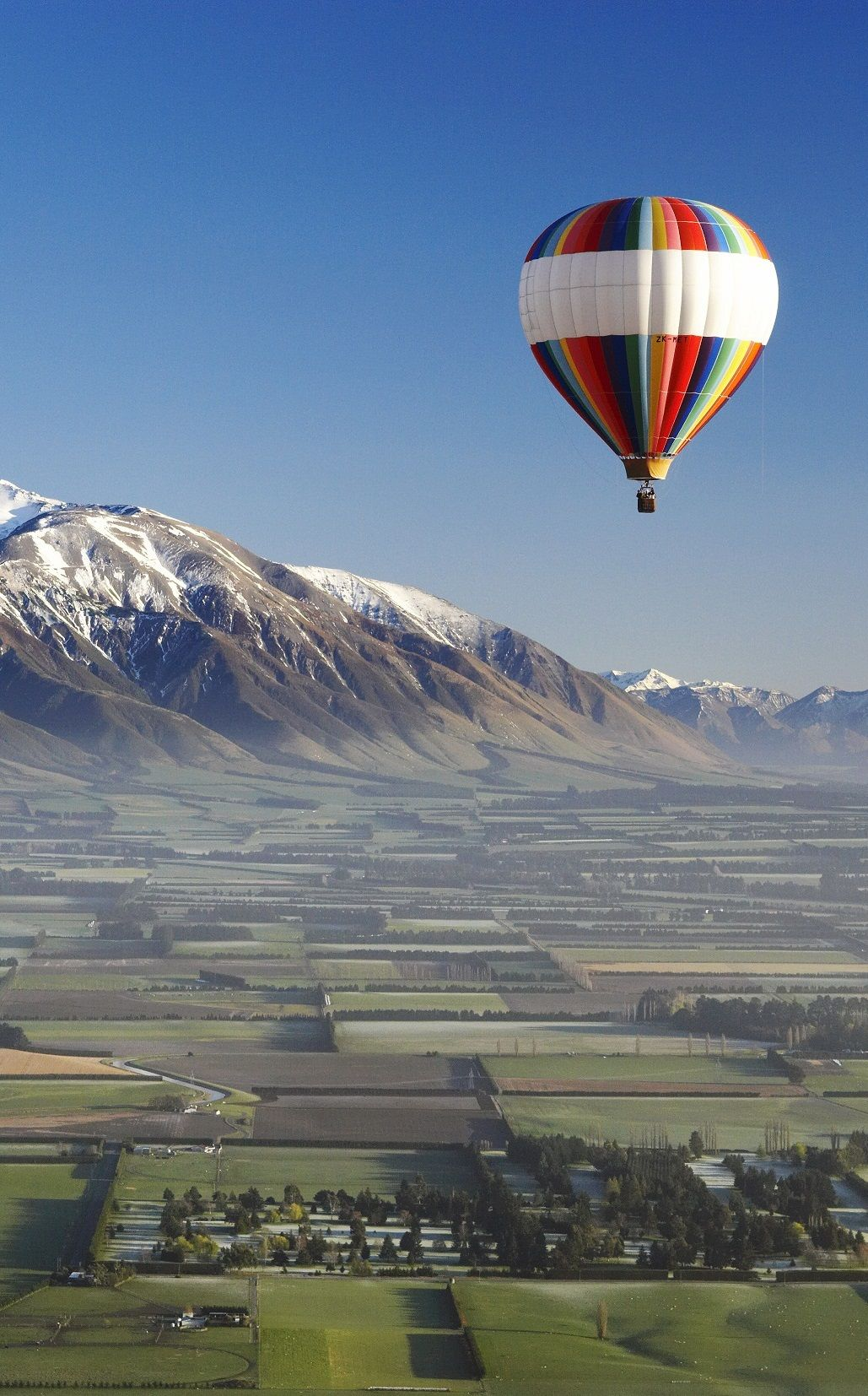 Ballooning, Canterbury, South Island, New Zealand New