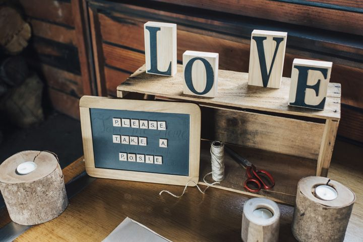 Rustic Wedding Decorations | itakeyou.co.uk #wedding #rustic #rusticwedding #barnwedding #vineyardwedding #realwedding #weddingphotos