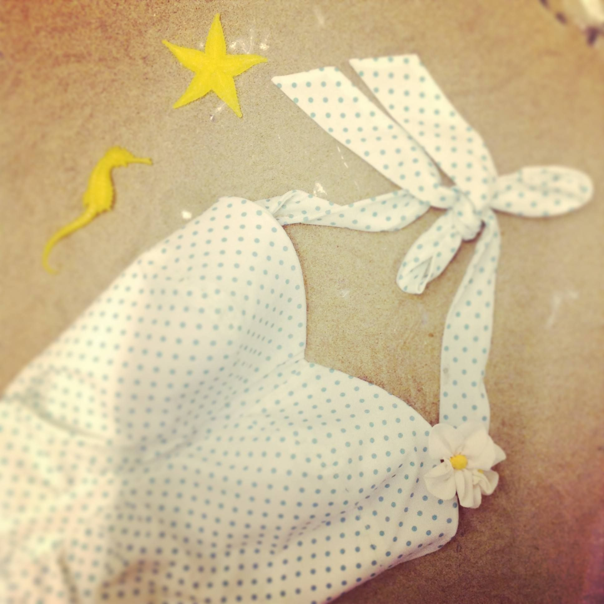 Cream and green dots retro bathing suit by MamaMaria à HIPPO! Royale https://www.facebook.com/HIPPOROYALE