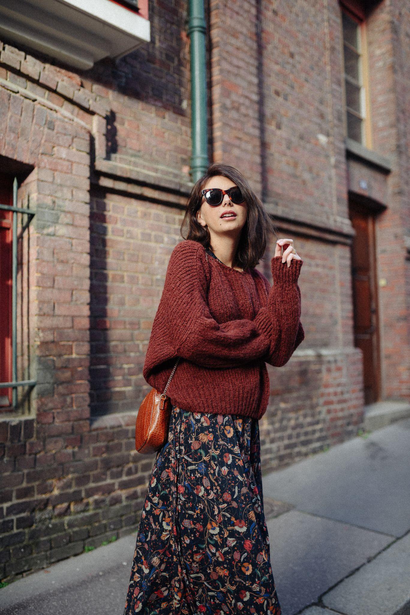 73fd3041dfd9 Passion gros pull + jupe ou robe en hiver   S habiller cet automne ...