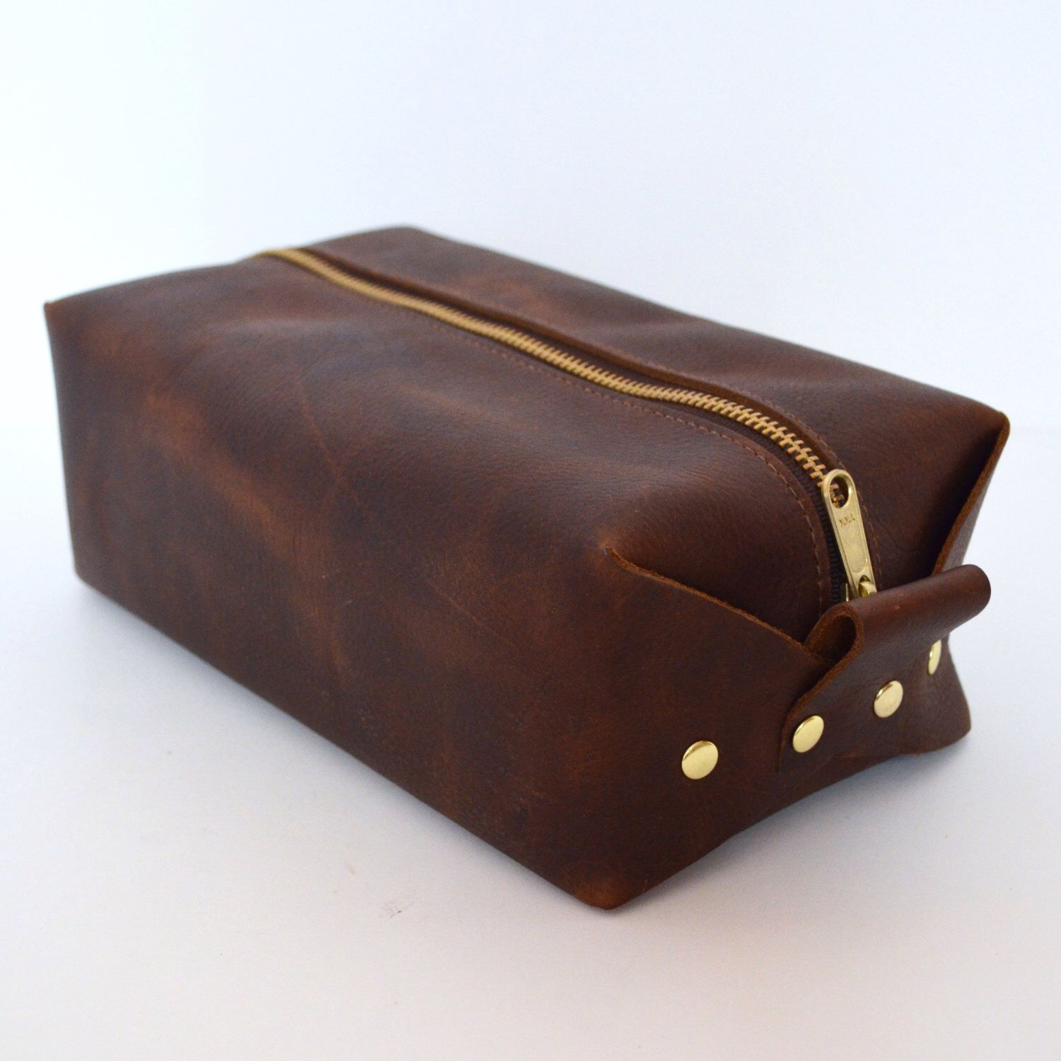 f29c16c6d6b9 Personalized Men's Leather Toiletry Bag, Leather Toiletry Bag ...
