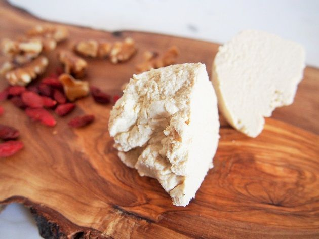 材料三つ 乳製品を使わずに 簡単にリコッタチーズを作る方法 食べ物のアイデア リコッタチーズ ヴィーガンチーズ