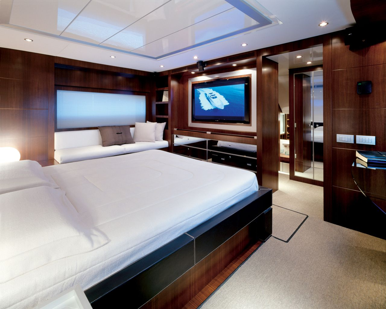 Unique Yacht Interiors Pictures Yacht Bedroom Interior Design