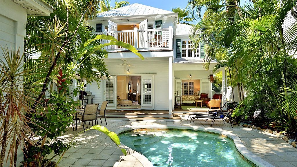 Bahamian Bamboo The Annex Chic Home By Duval Beach Last Key Services Old Town Beach Cottage Style Vacation Home Florida Home