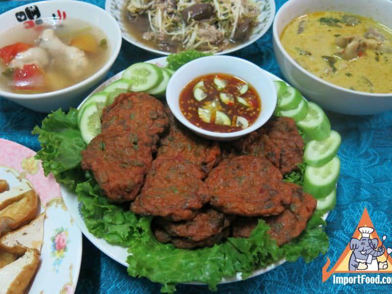 Recipe Spicy Thai Fish Cakes, 'Tod Man Pla' :: ImportFood