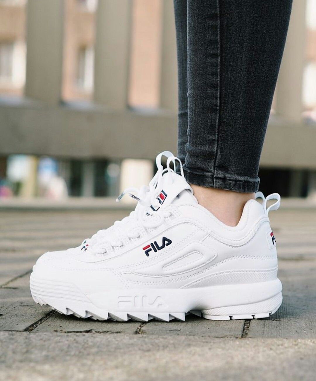 sale retailer 52d91 01a6f Fila desruptor Fila White Sneakers, Dad Sneakers, New Shoes, Fake Shoes, Me