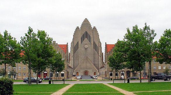 Grundtvig 39 s church grundtvigs kirke grundtvig for Design hotel quartier 65 mainz
