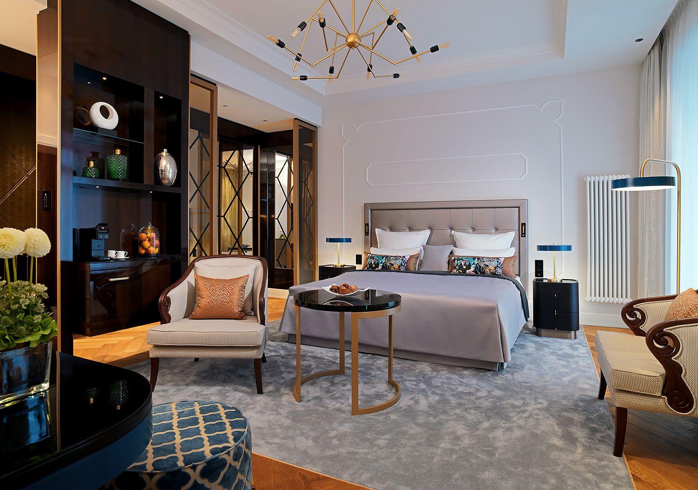 Der Steigenberger Europaischer Hof Baden Baden Wird Umfassend Renoviert Wir Freuen Uns 42 Zimmer Nach Den Hoteleinrichtung Hotelausstattung Innenarchitektur