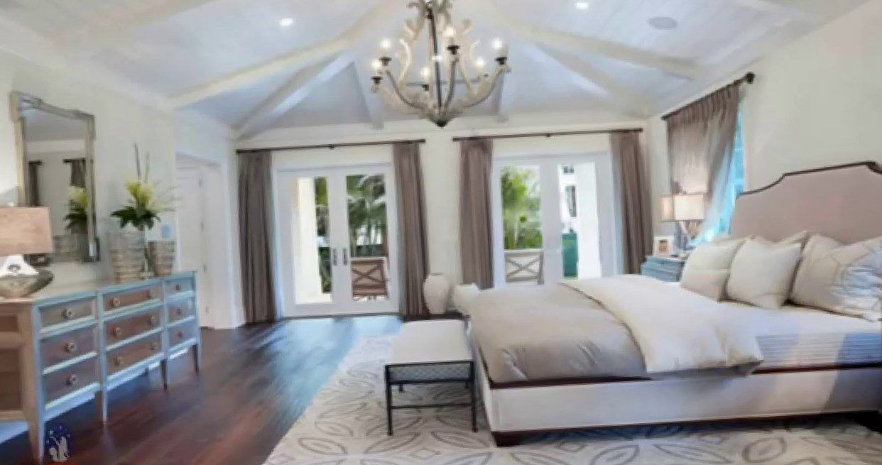 tricks designers home use interior for look master an bedroom expensive bedrooms decoration