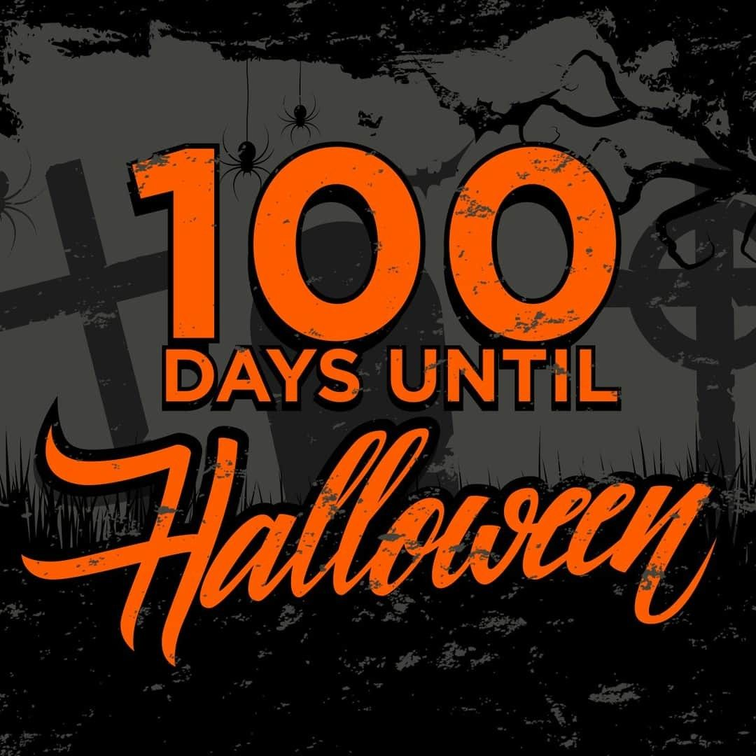 Pin by 𝓐𝓶𝔂 𝓒𝓪𝓻𝓸𝓵𝓲𝓷𝓮 🎃🦇🔮🌙 on I AM Halloween in 2020 Days