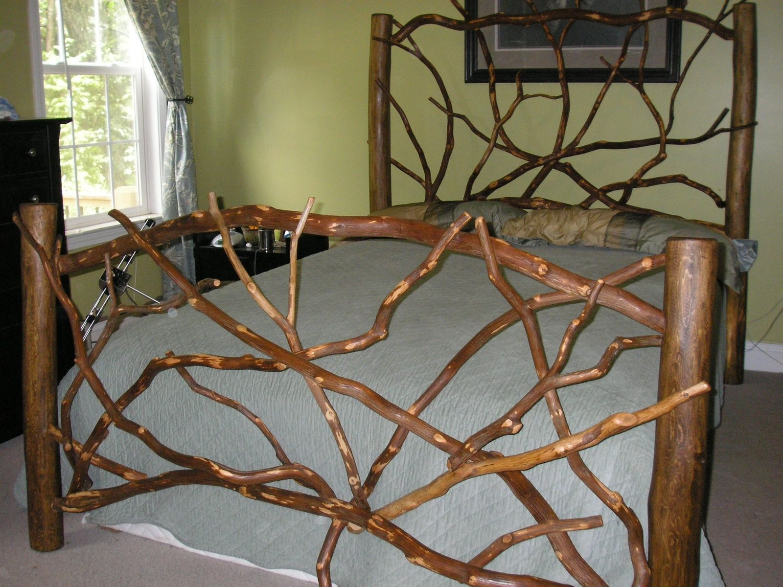Queen Size Headboard And Footboard Not As Sturdy As The
