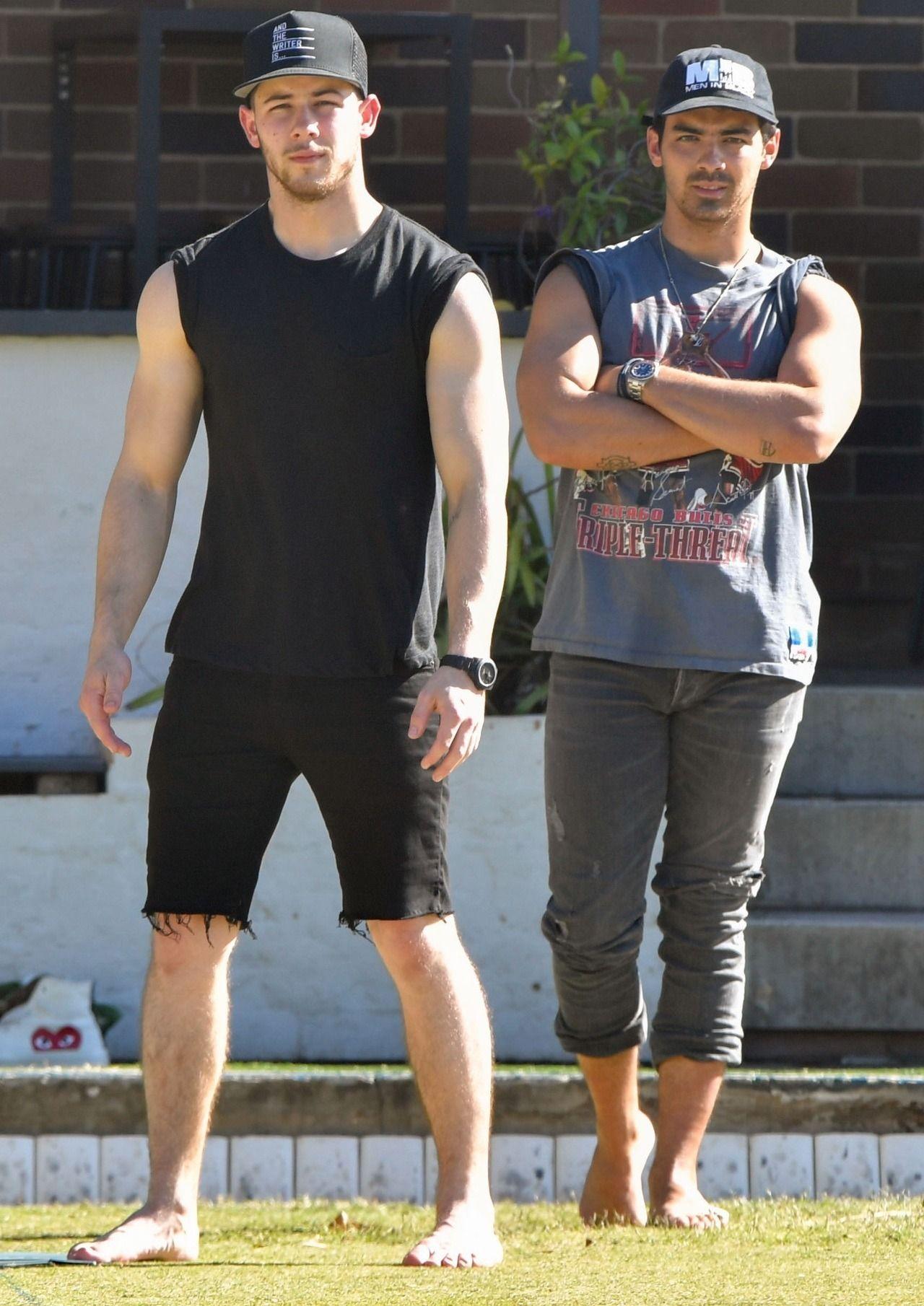 Nick Jonas Hot Male Celebrities Barefoot Nick Jonas Joe Jonas