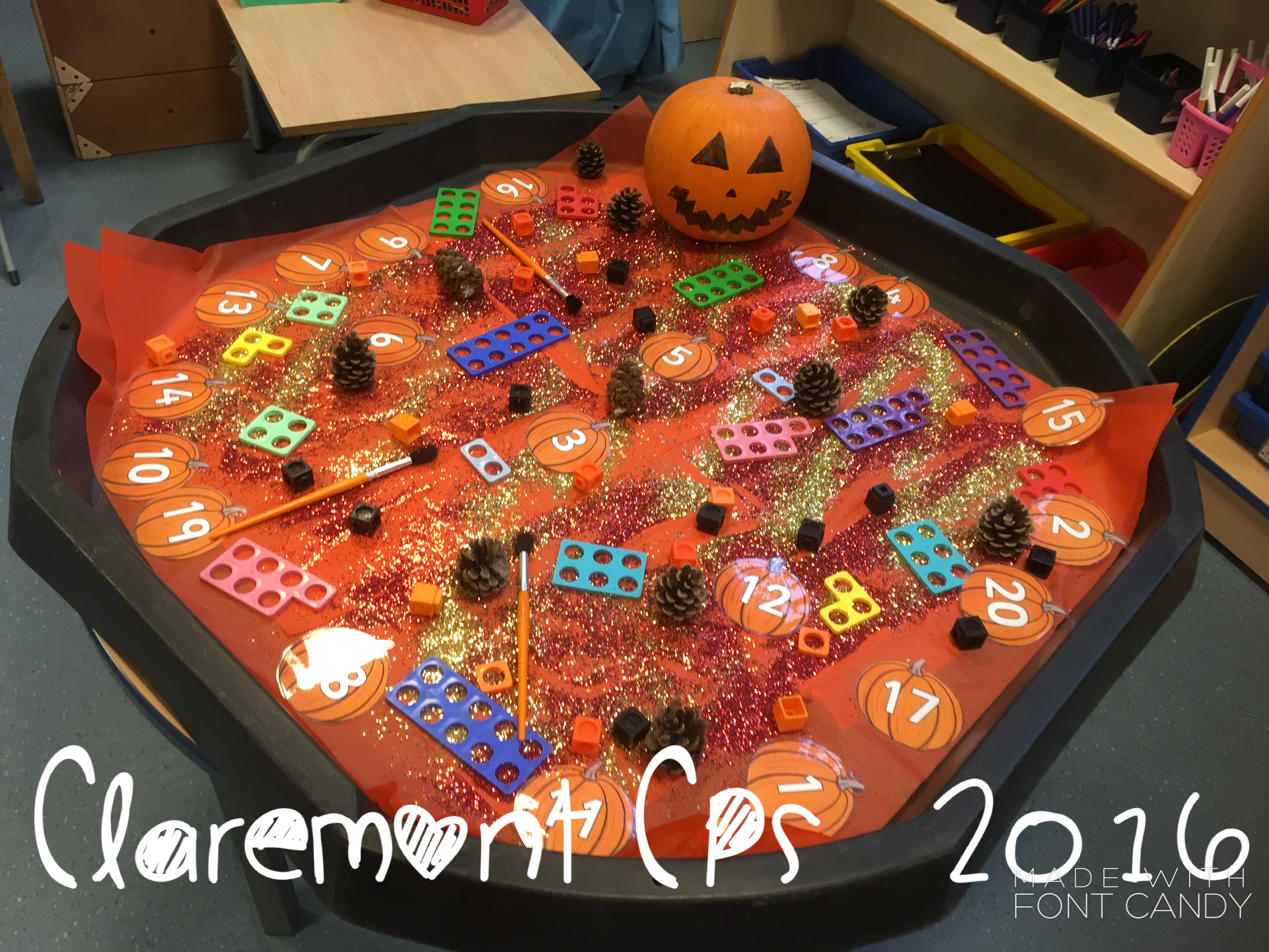 Exploring number in the tuff tray. Autumn maths Early years