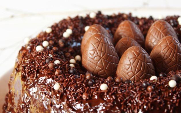 Voici une recette tr s savoureuse de g teau de p ques au chocolat c 39 est tr s facile pr parer - Cuisine pour les debutants ...