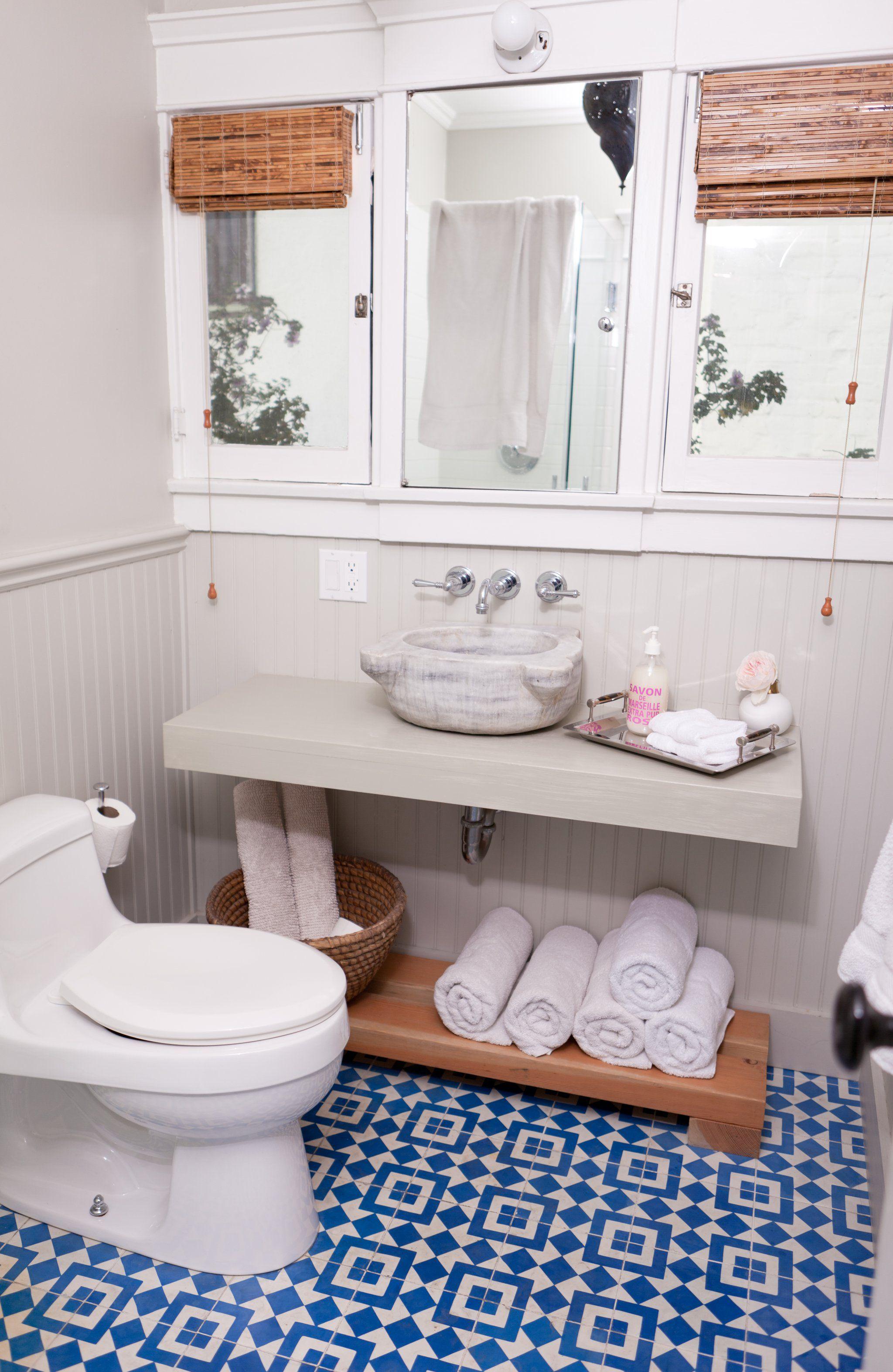The 6 Best Bathroom Design Tips From HGTV Stars | Pinterest ...