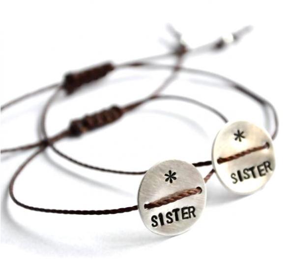 Set of 2 sister bracelet on http://www.sushit.net