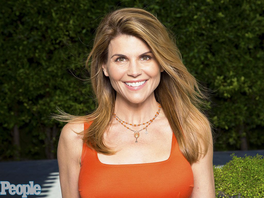 Lori Loughlin on Aging Gracefully in Hollywood: 'You Can't ...