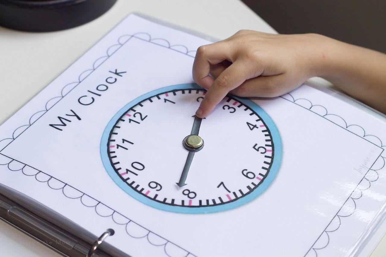 Printable Telling Time Learning Folder
