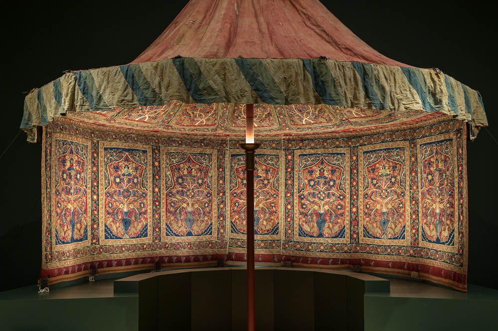 Persian Embroideries: The Definitive Guide | Specialist Retailer ...