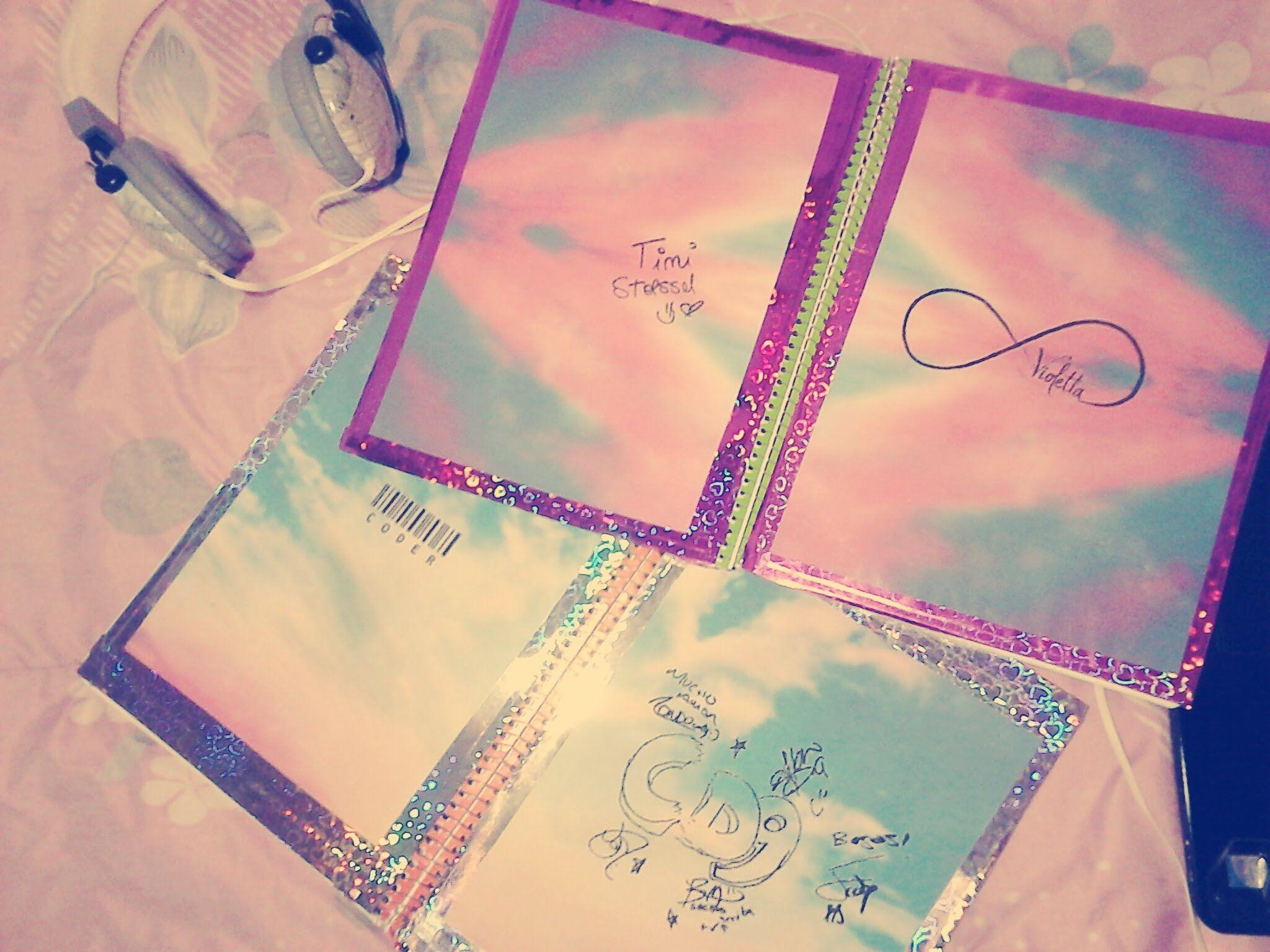 Decora tus cuadernos con cd9 y violetta des for Decora la stanza di violetta
