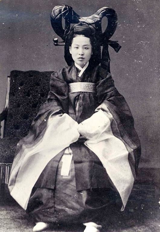 KOREA ~ 1890 ~ Thought to be a portrait of Queen Min