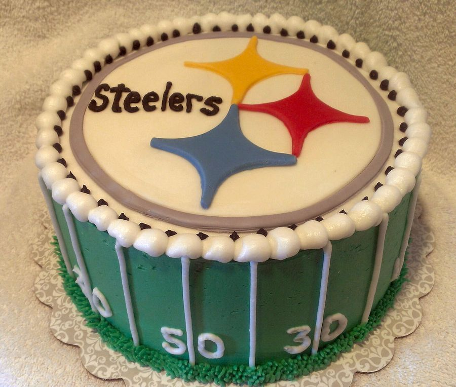 Pittsburgh Steelers Cake French Vanilla cake with buttercream
