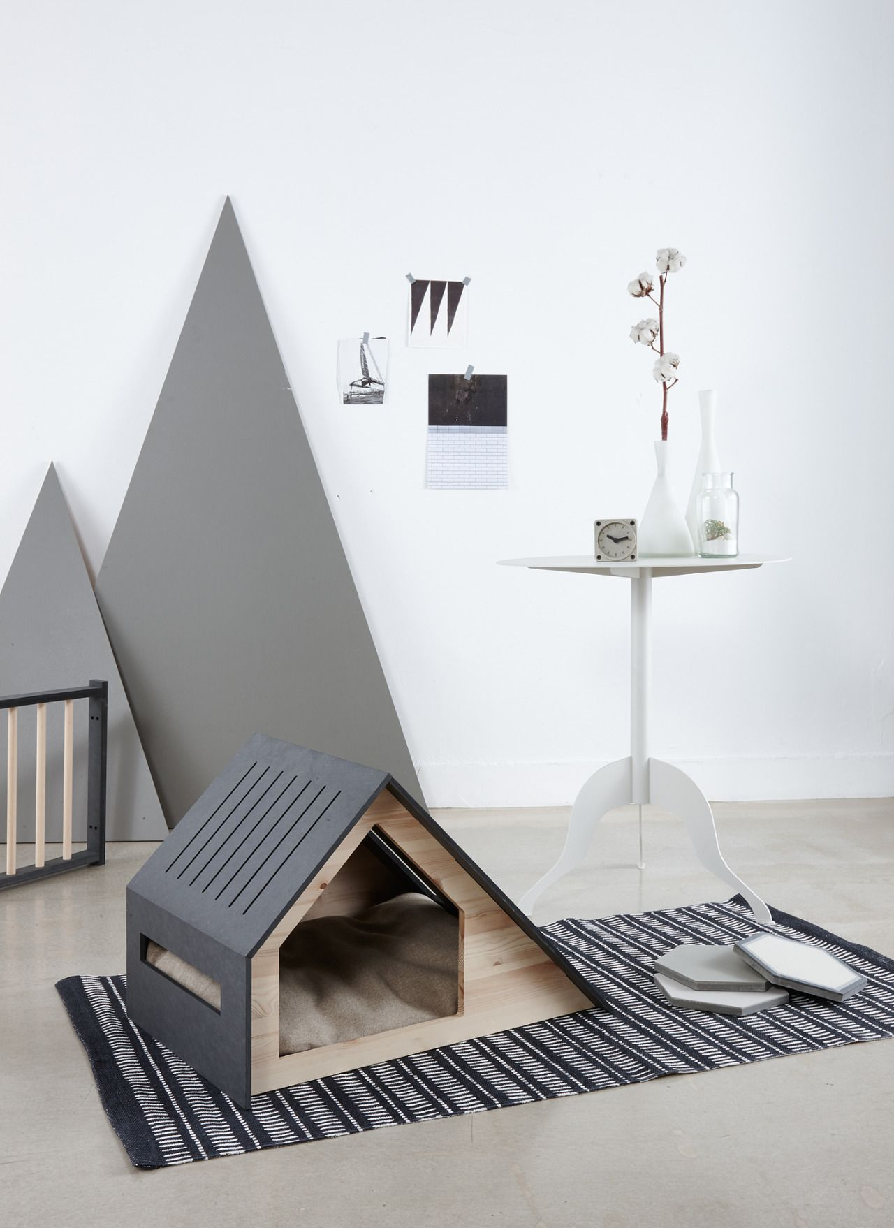 The deauville dog house by korean brand bad marlon dog houses