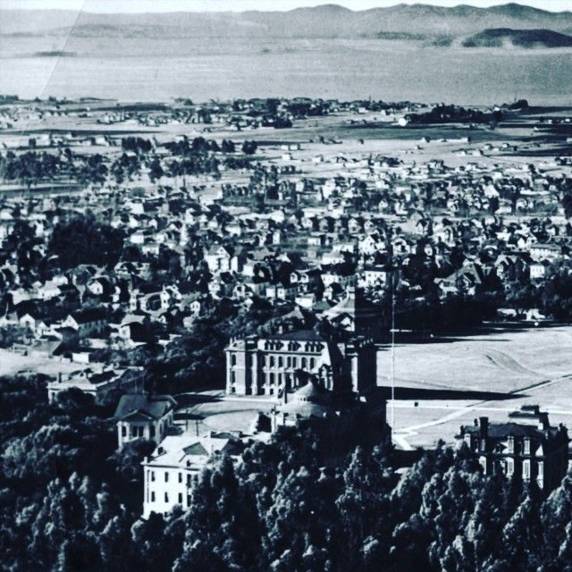 Click The Photo To See A Panorama Of Berkeley C 1905 Of The University Of California S Pre 1900 Buildings The Philosophy Building North Hall The Civil Engin