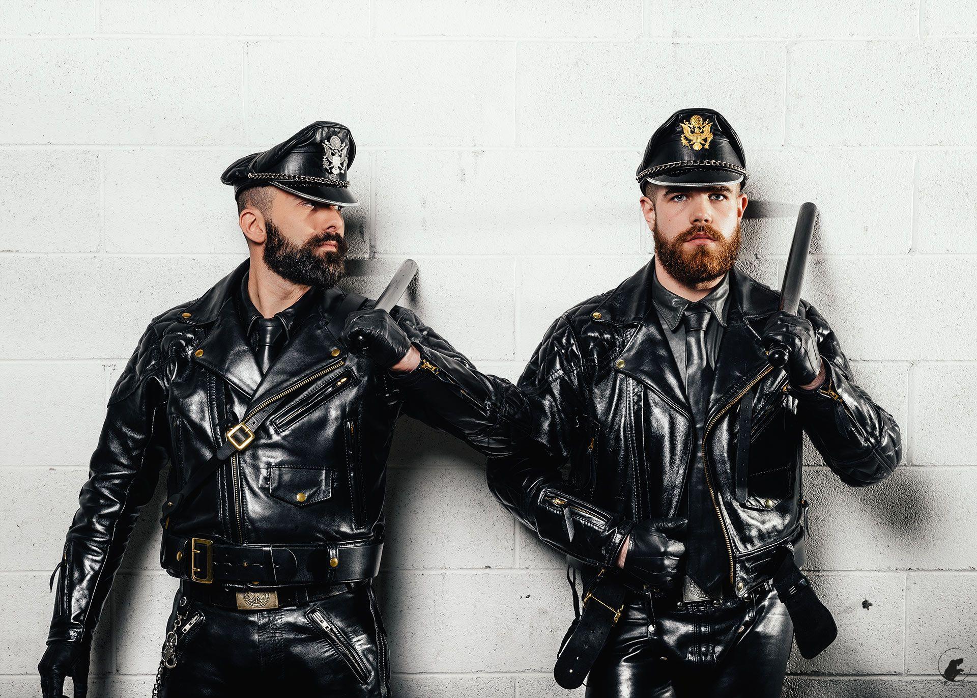 Black leather uniform gloves - Hot Cops Perfect Beard Leather Men Black Leather Uniform Gloves Bears
