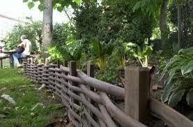 Resultat De Recherche D Images Pour Arceaux De Jardin Noisetier Jardin Medieval Jardins Et Pont De Jardin