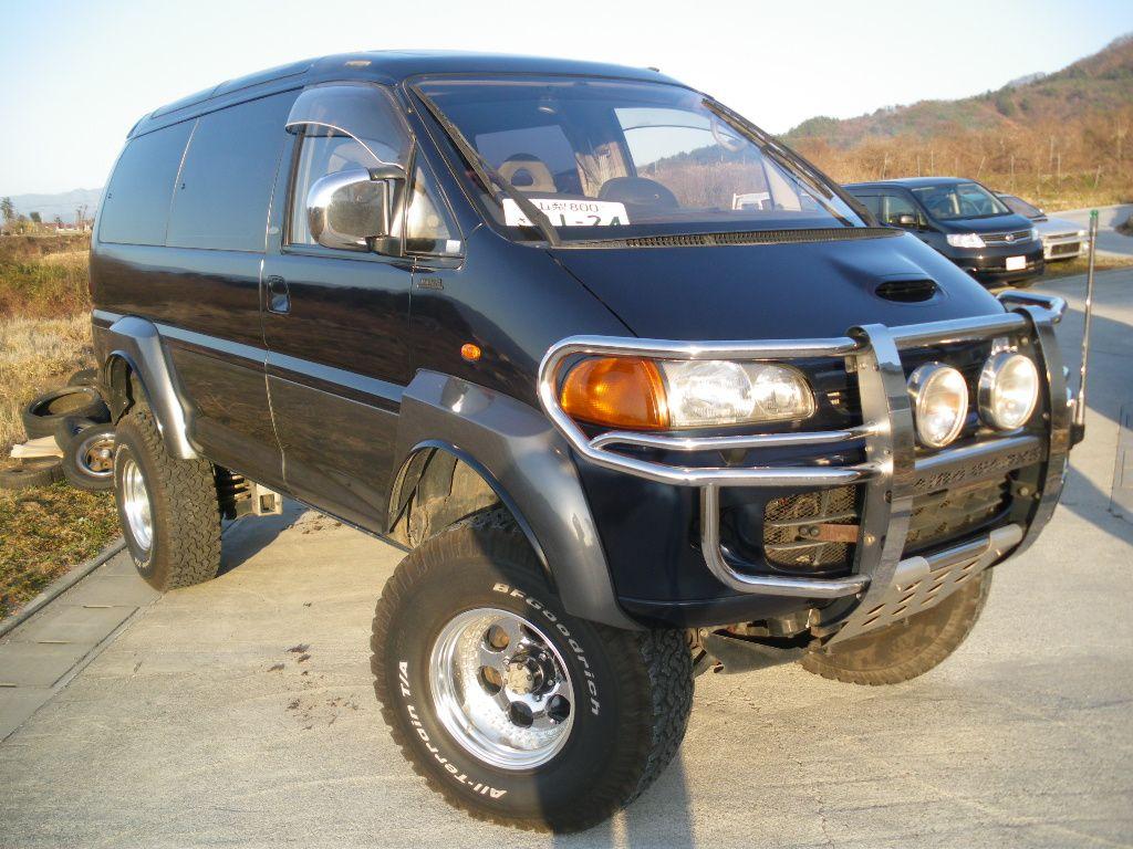 Bug Out Vehicle Accessories : Mitsubishi delica desil van slight lift not