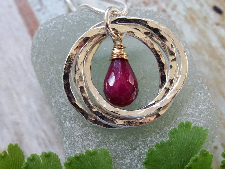 40th Ruby Anniversary gift, four interlocking silver rings
