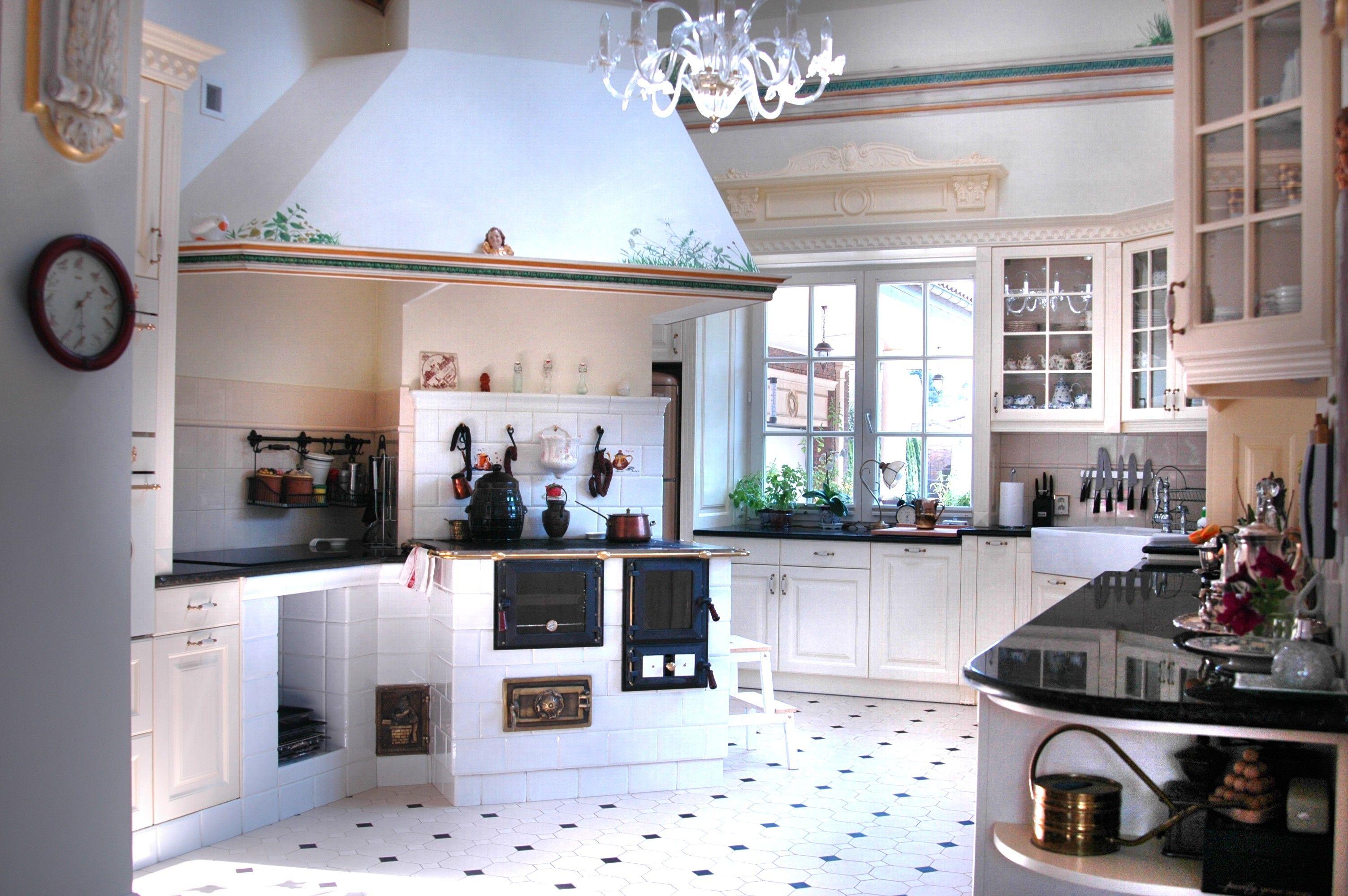 Znalezione Obrazy Dla Zapytania Kuchnie Nowoczesne Z Piecem Kaflowym House Home Decor Home