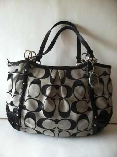 COACH ALEXANDRA CHAIN SIGNATURE TOTE retail for 358.00 on