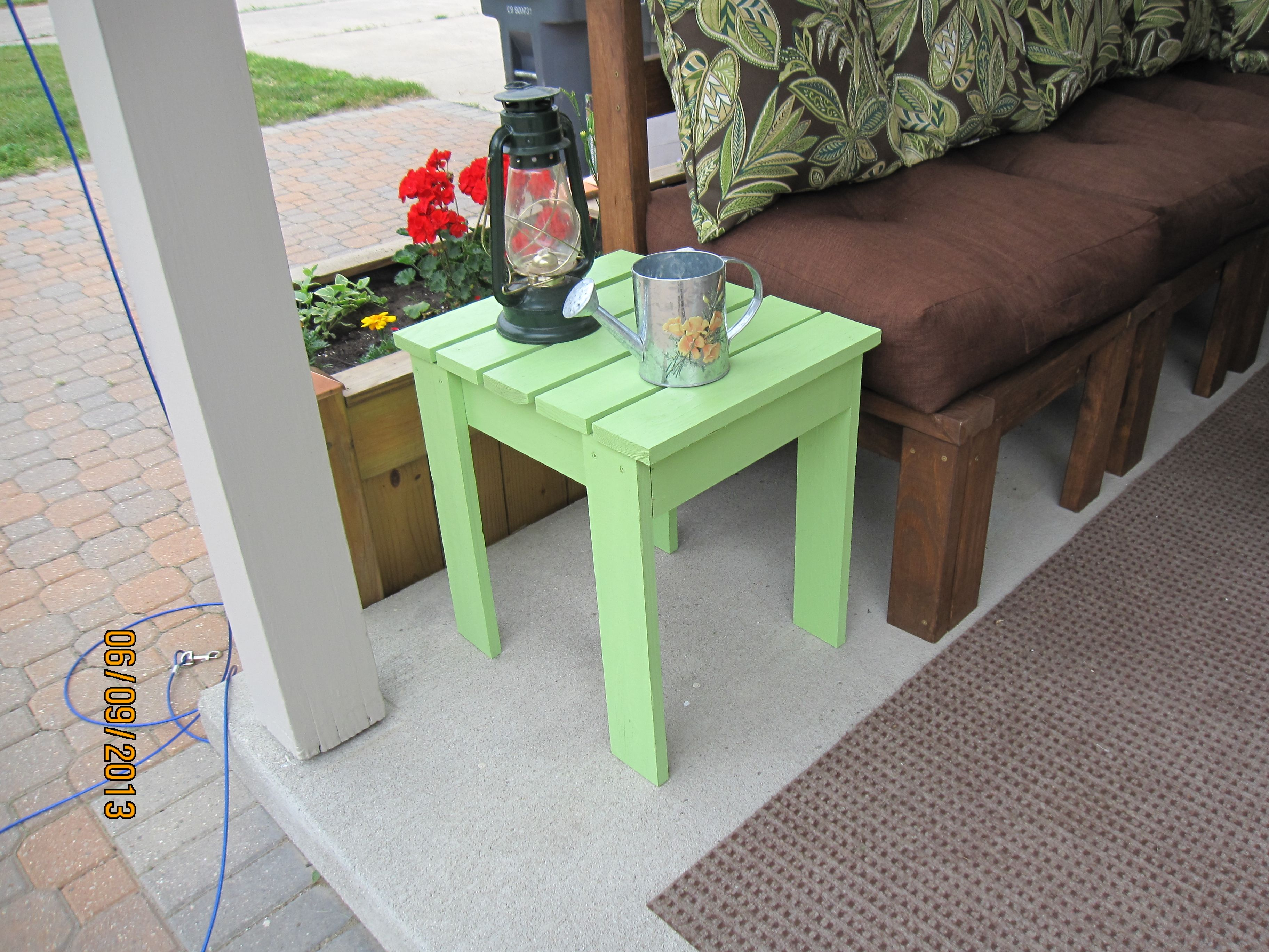Ana White Outdoor End Table Diy Projects Outdoor End