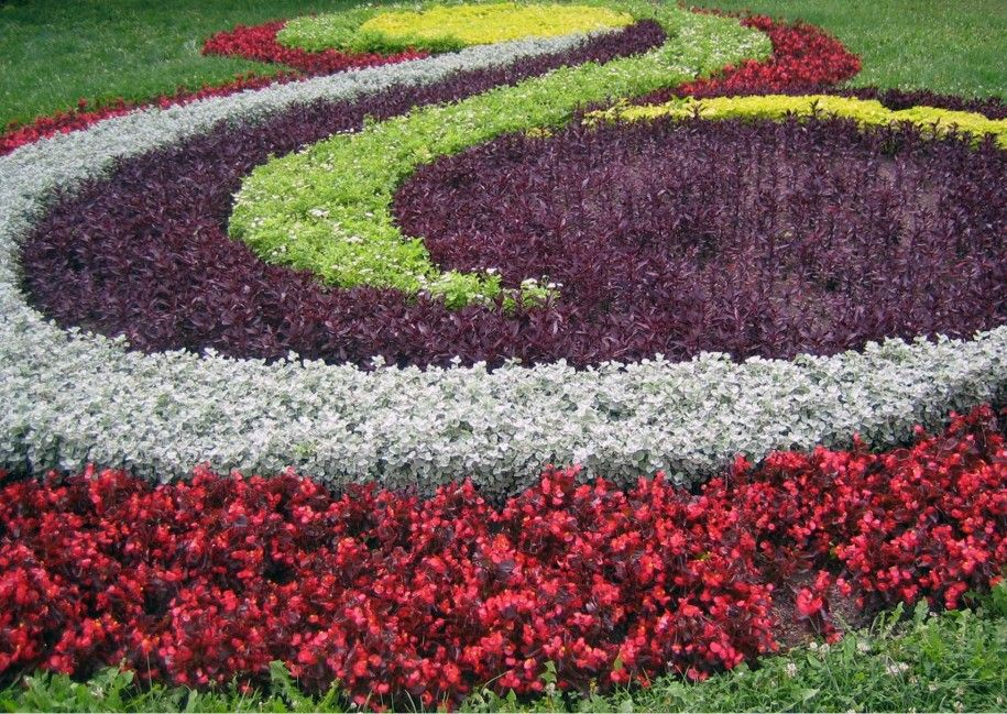 Creative Flower Garden For Beautiful House Spiral Colorful Flower Garden Ideas Extraordinary Fl Beautiful Flowers Garden Sacred Garden Garden Design Pictures